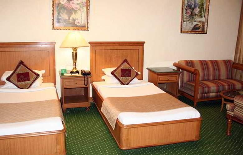 MK Hotel - Room - 0