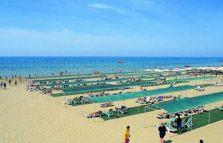 Hane Side - Beach - 7