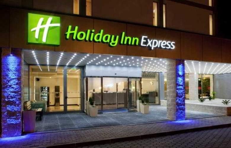 Holiday Inn Express Lisbon Airport - General - 3