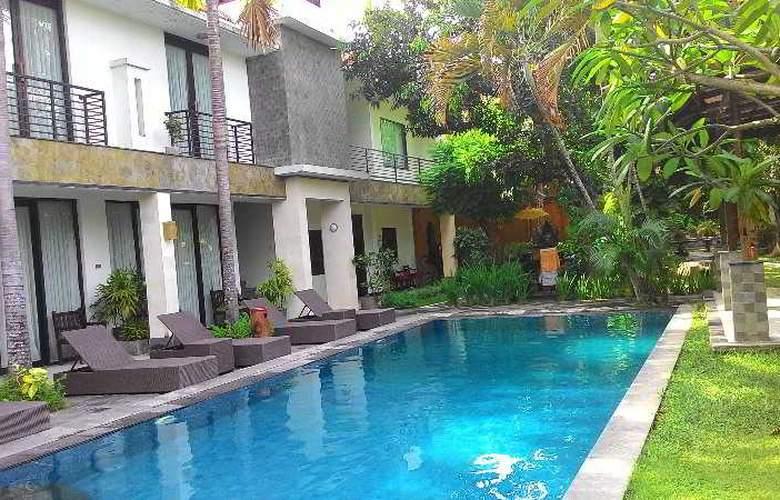 Puri Maharani Boutique Hotel & Spa - Pool - 27