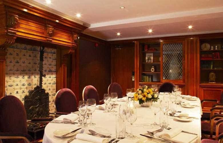Lensbury Resort - Restaurant - 7