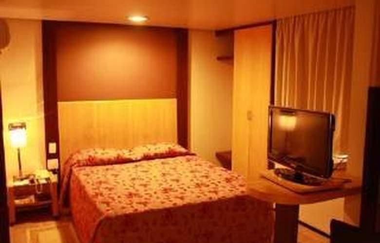 Plaza Praia Suites - Room - 0