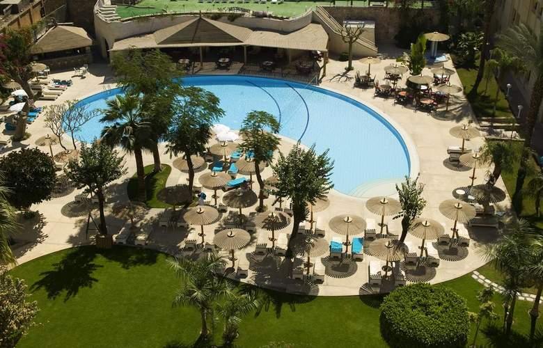 El Luxor - Pool - 3