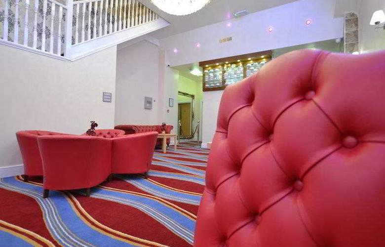 Best Western Greater London - Hotel - 13