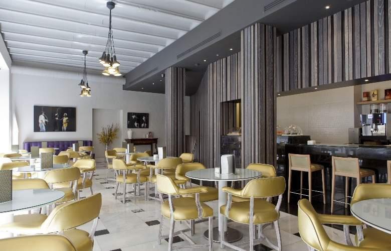 Hotel Regente - Restaurant - 34