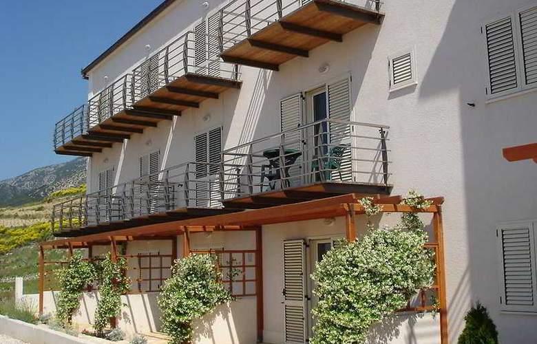 Villa Lara - Hotel - 0