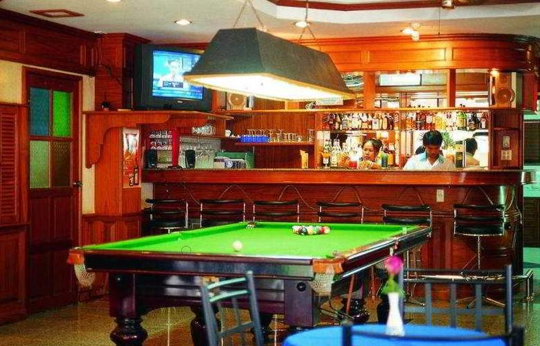 Anchalee Inn Phuket - Bar - 8
