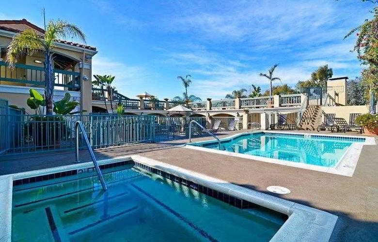 Best Western Plus Laguna Brisas Spa Hotel - Hotel - 7