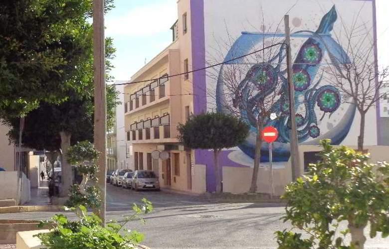 The Purple by Ibiza Feeling - Hotel - 5