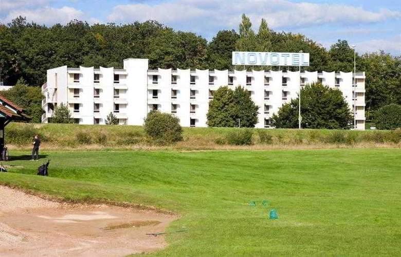 Kyriad Le Creusot Montchanin en Bourgogne - Hotel - 1