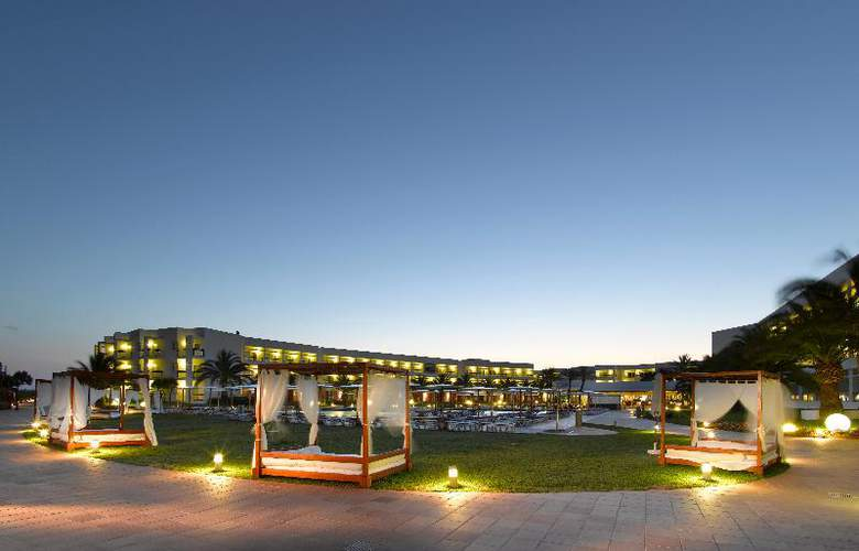 Grand Palladium Palace Ibiza Resort & Spa - General - 2