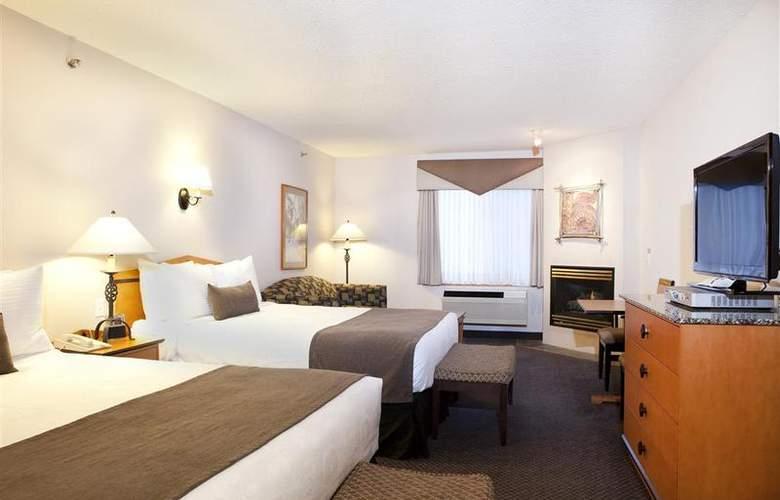 Best Western Plus Pocaterra Inn - Room - 121