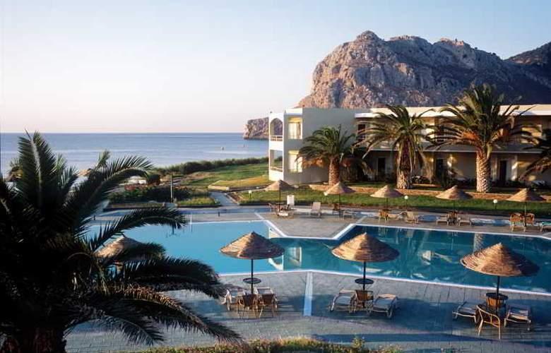 Lutania Beach - Hotel - 7