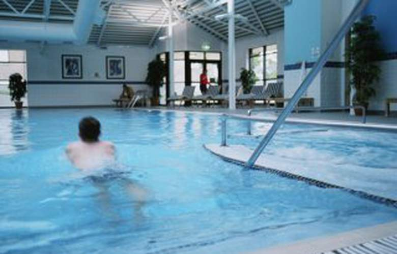 Hilton Edinburgh Airport - Pool - 2