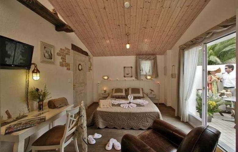 Plaisir - Room - 0