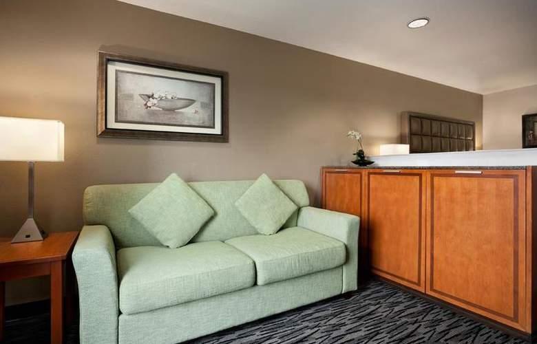 Best Western Plus Peppertree Auburn Inn - Room - 76