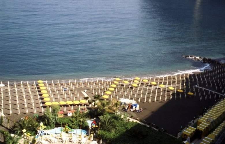 Villagio Turistico Bleu Village - Beach - 4