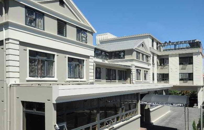 Kiwi International Hotel - Hotel - 0