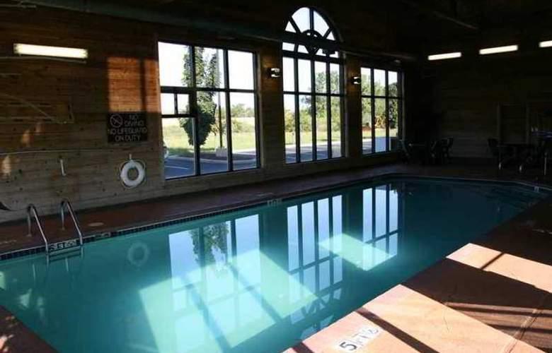 Hampton Inn & Suites Toledo-North - Hotel - 4