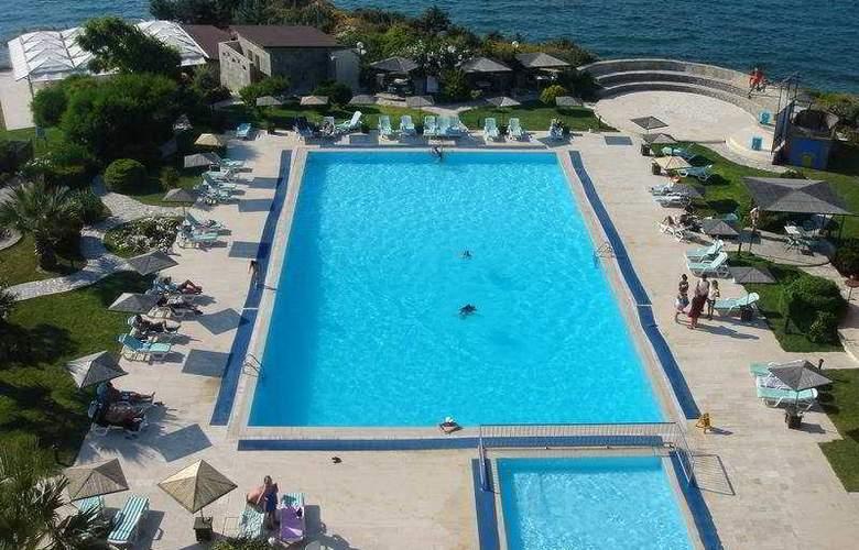 Babaylon Hotel - Pool - 6