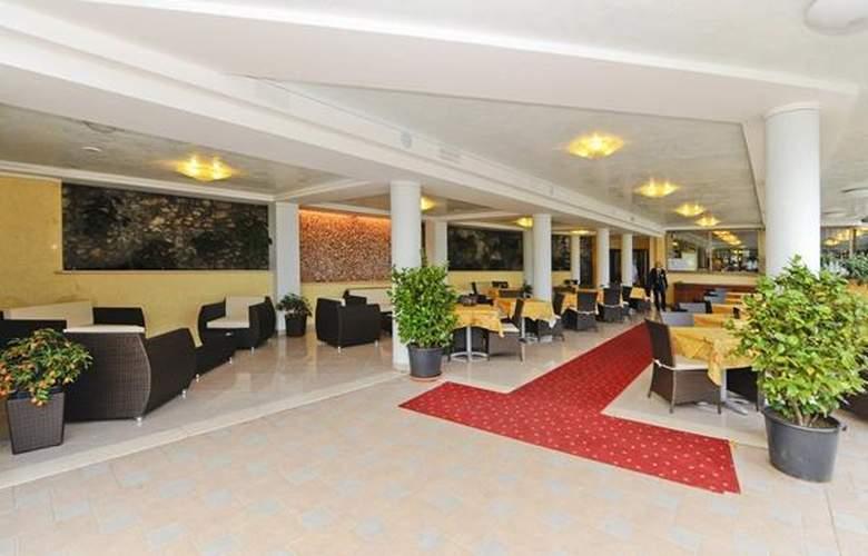 Villa Dirce - Hotel - 1