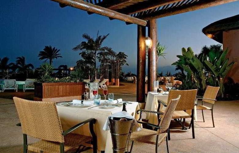 Sheraton La Caleta Resort & Spa - Terrace - 10