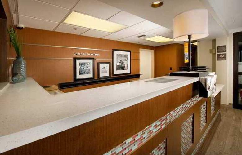 Hampton Inn Miami-Airport West - Hotel - 0