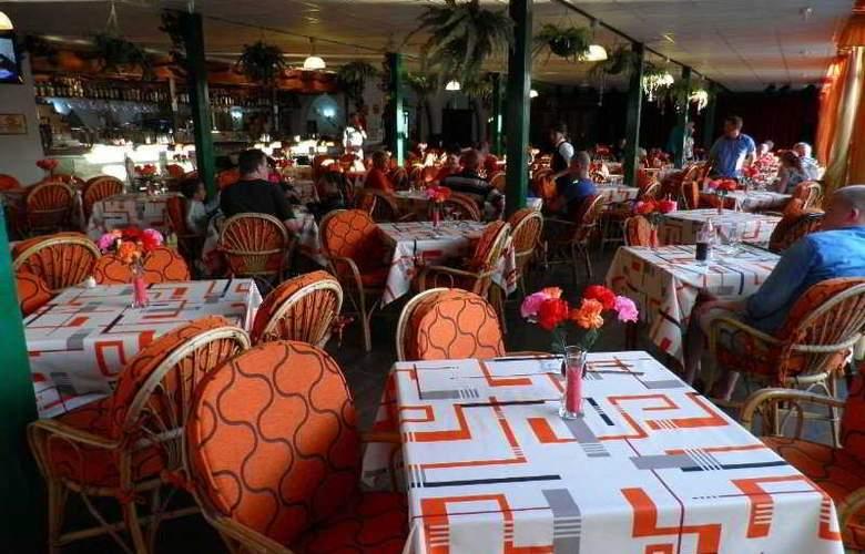 Canary Garden Club - Restaurant - 5