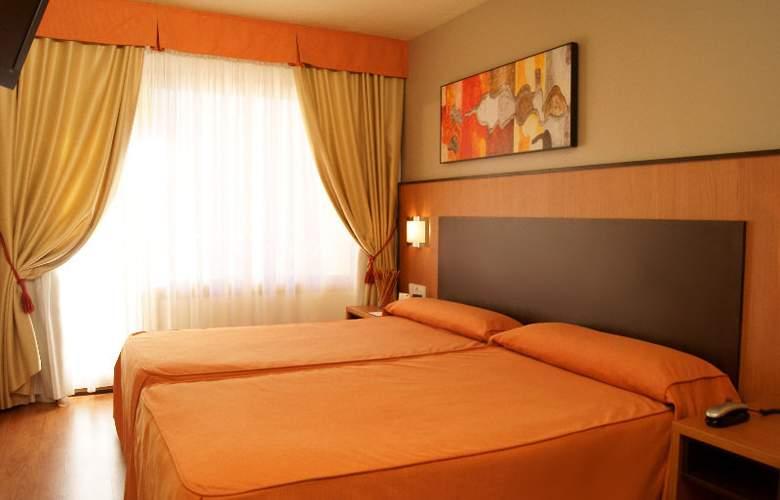 Edelweiss Cerler - Room - 12
