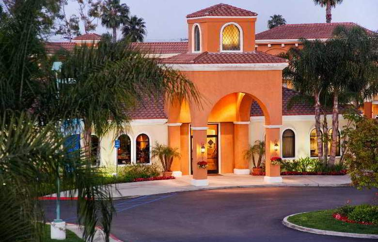 Cortona Inn & Suites Anaheim Resort - Hotel - 0
