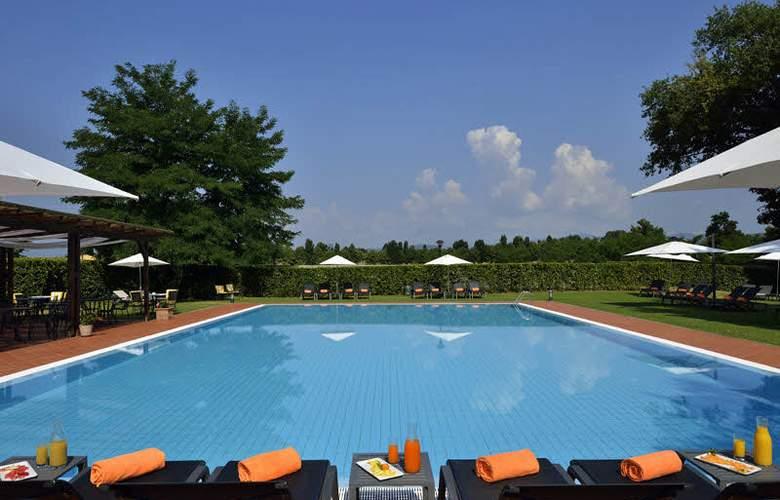 UNA Poggio Dei Medici Resort & Golf - Pool - 2