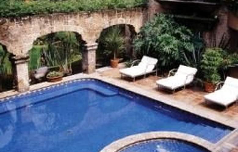 Quinta Real Guadalajara - Pool - 1
