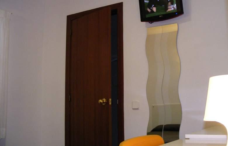 Catalunya Express - Room - 12