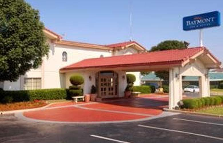 Baymont Inn and Suites Oklahoma City - South - Hotel - 0