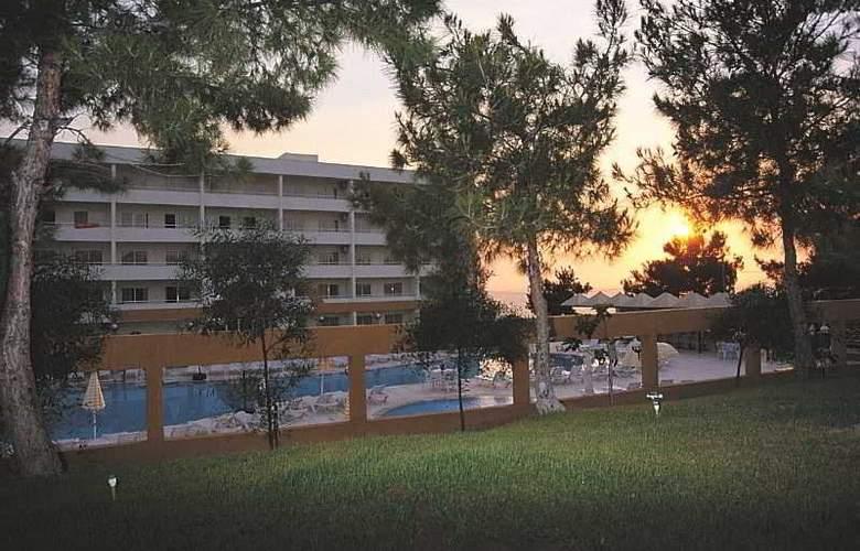 Tuntas Apartments Kusadasi - Hotel - 5