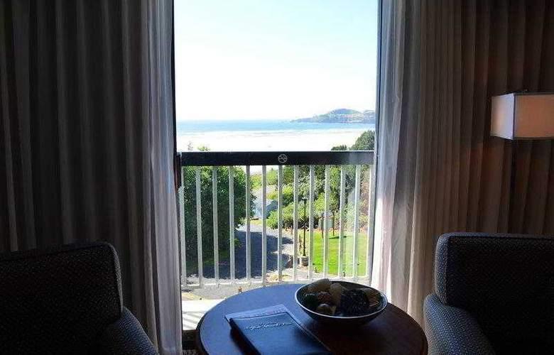 Best Western Plus Agate Beach Inn - Hotel - 11
