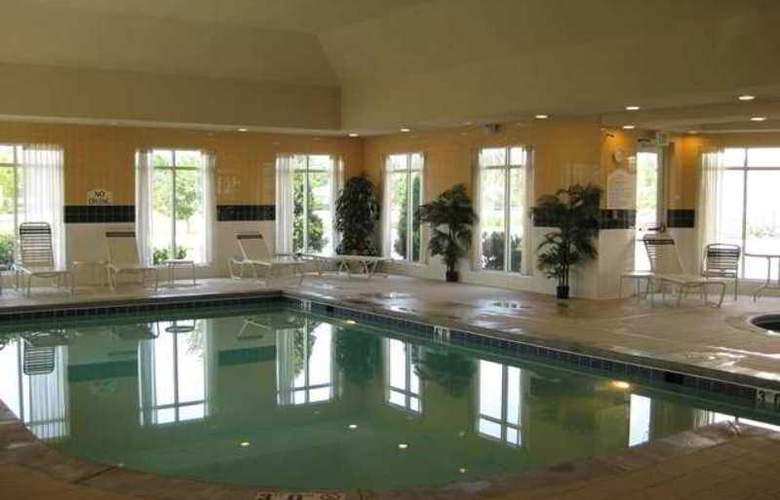 Hilton Garden Inn Chesapeake Greenbrier - Hotel - 14