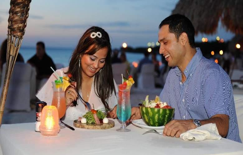 Amsterdam Manor Beach Resort - Restaurant - 25