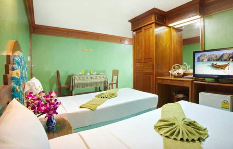 Anchalee Inn Phuket - Room - 12