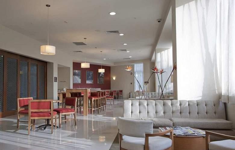 Hampton Inn By Hilton Guadalajara - Expo - General - 9