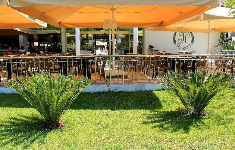 Grand Hotel Faros - Terrace - 11