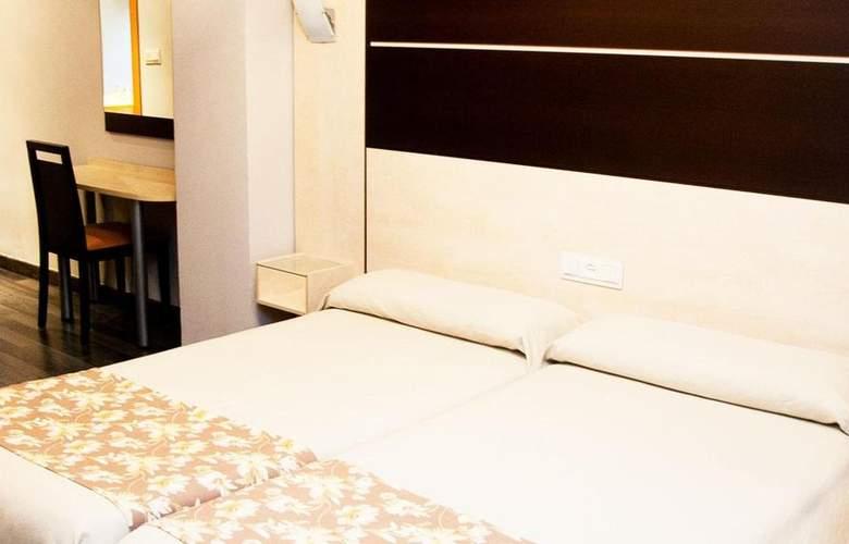 Universal Granada - Room - 2