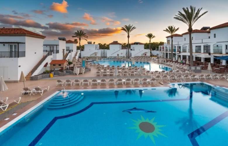 Broncemar Beach - Hotel - 0