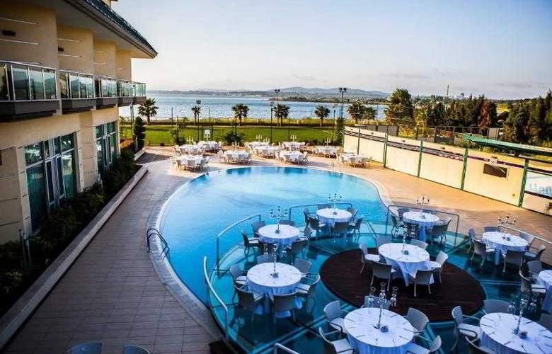 Hegsagone Marine Asia Hotel - Pool - 7