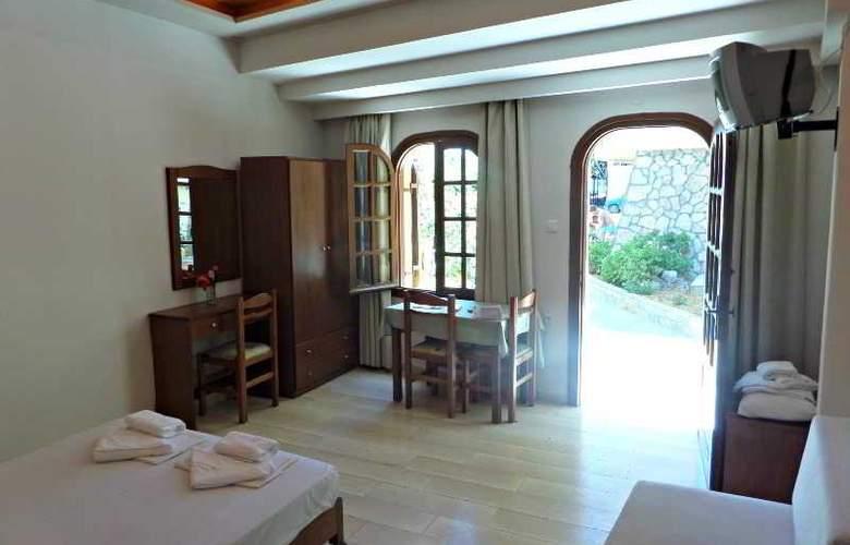 Paradise Apartments - Room - 4