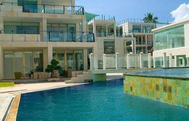 Outrigger O-Ce-N Bali - Pool - 5