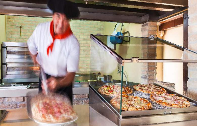 Pionero Santa Ponsa Park - Restaurant - 48