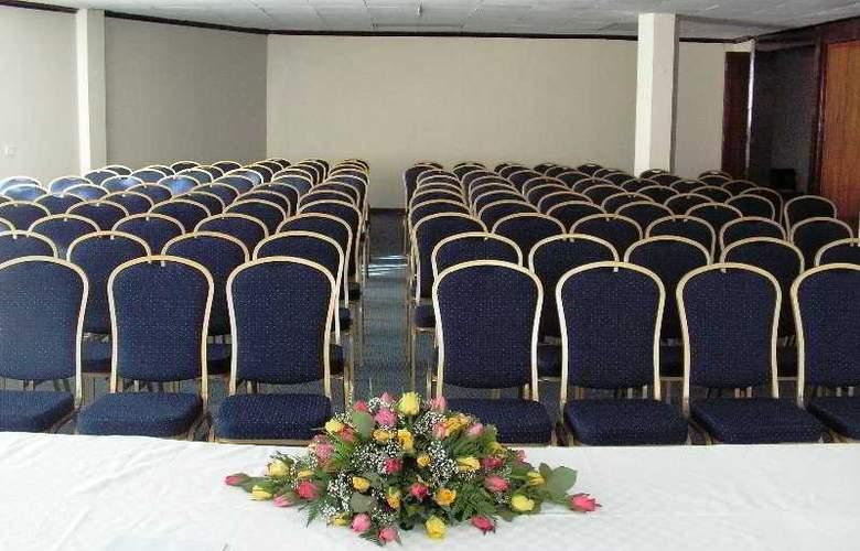 Kivi Milimani - Conference - 10