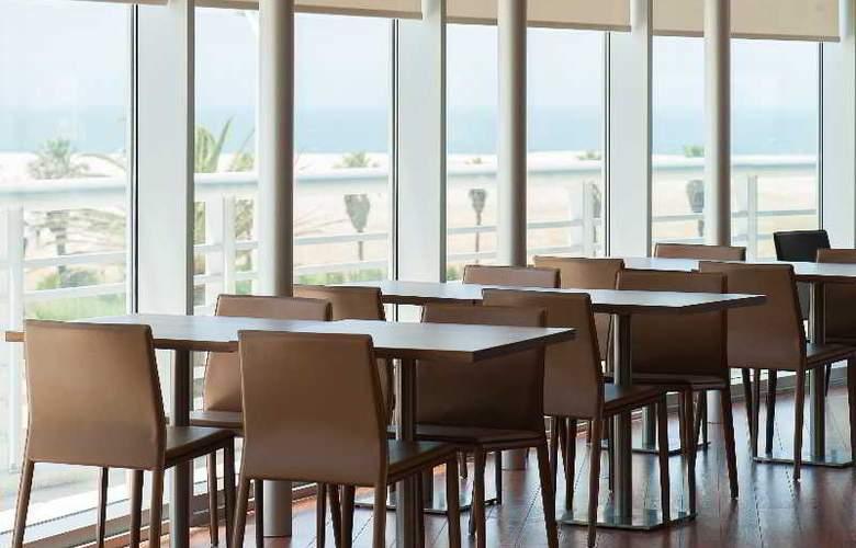Eurostars Oasis Plaza - Restaurant - 49