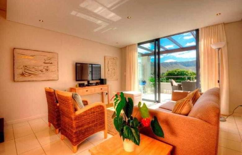 The Whale Coast Hotel - Room - 4
